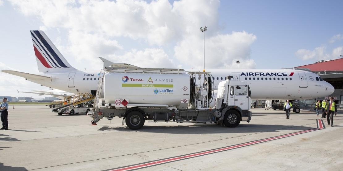 Air France chooses the biojet fuel developed by Total and Amyris